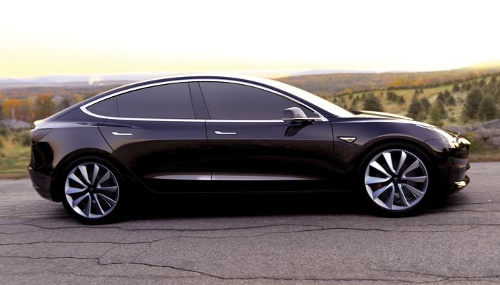 May2016_Tesla.jpg